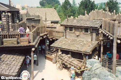 Fort Comstock (Legends of the Wild West) Dlp_fr10