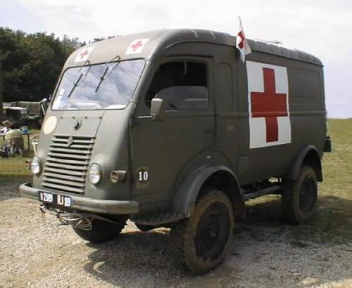 interieur renault 4x4 goelette ambulance 500__r10
