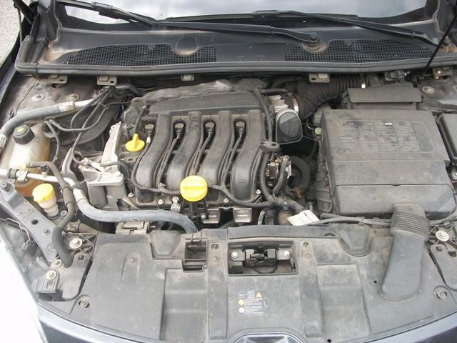 Renault Megane III... ripristino  carrozzeria e....qualcos'altro 100_8716