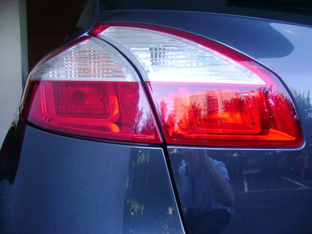 Renault Megane III... ripristino  carrozzeria e....qualcos'altro Dsc07012