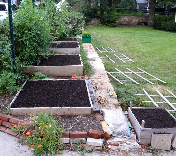 getting read for the fall garden Ready_10