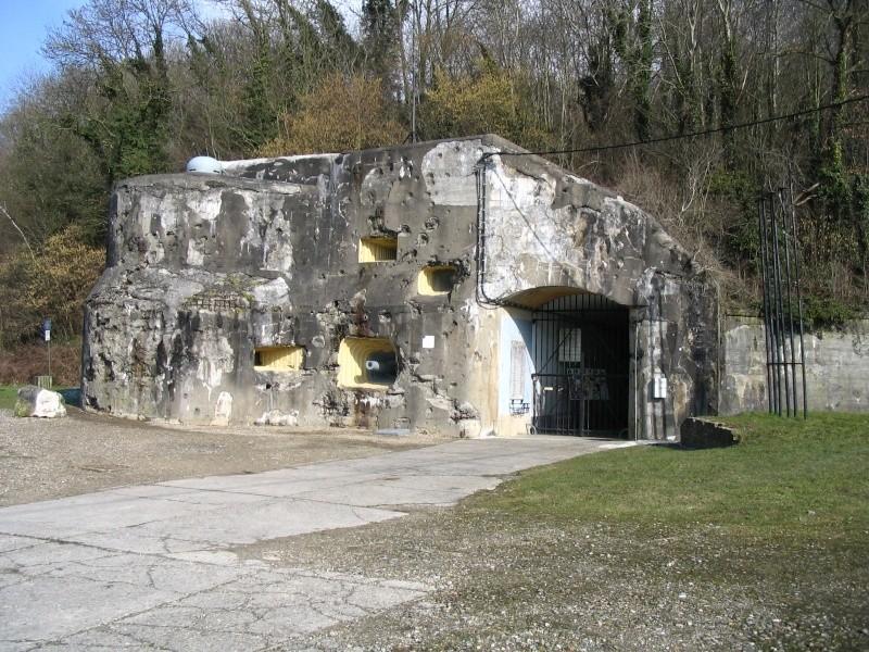 Fort d'Eben-Emael ! Bloc_i19