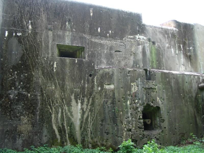 Fort d'Eben-Emael ! Bloc_i25