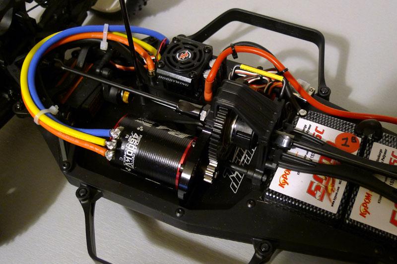 Team Durango DESC410 V2 P1040114
