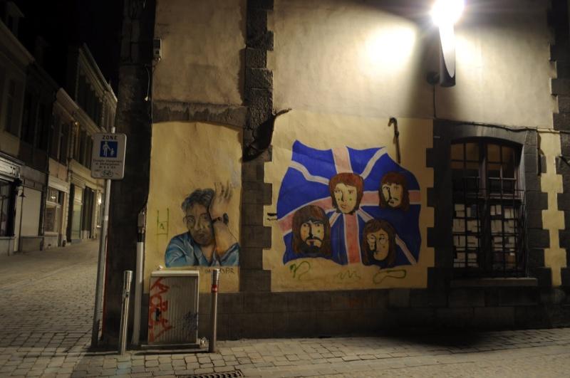 Mur peint rue du Pot d'Etain, Tournai, Belgique !! 69403510