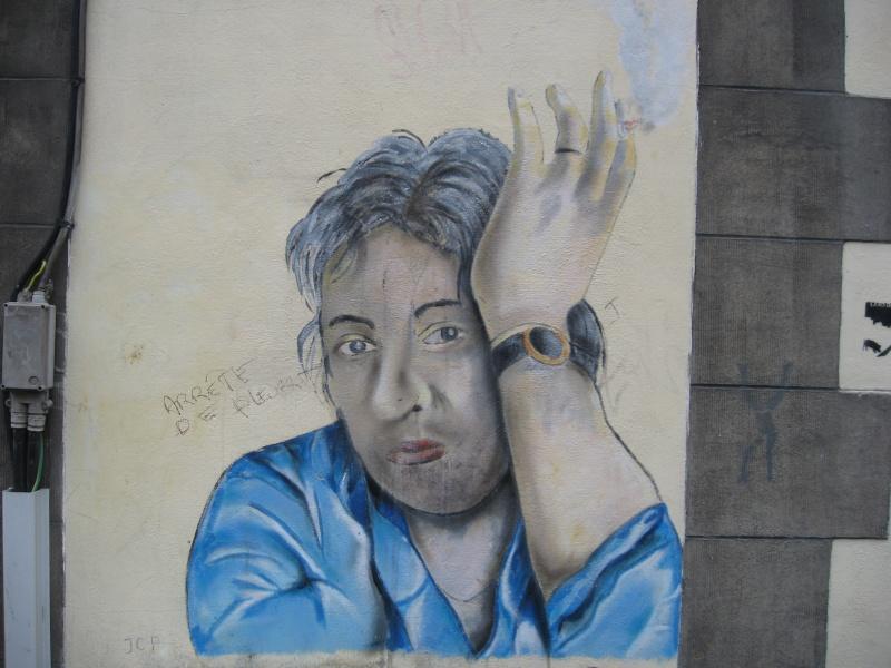 Mur peint rue du Pot d'Etain, Tournai, Belgique !! Img_0111