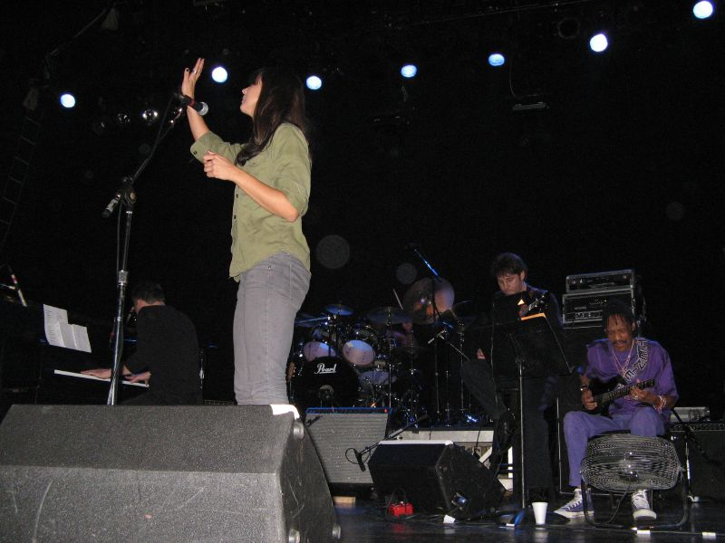 9/13/06 - Chicago, IL, Vic Theater 717