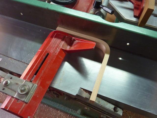 Simple étagère avec équerre en lamellé-collé cintrée - Page 2 02dzog10