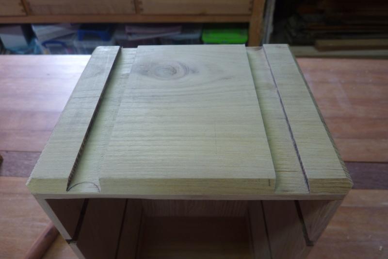 Une boîte à tiroirs en robinier et makoré 04rain11