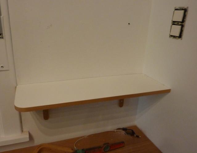Simple étagère avec équerre en lamellé-collé cintrée - Page 2 0611
