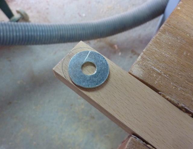 Simple étagère avec équerre en lamellé-collé cintrée - Page 2 06eque11