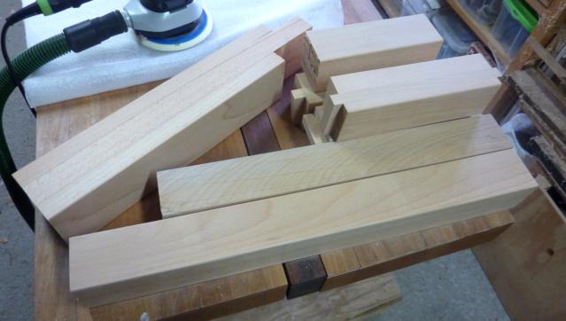 Kubb, un jeu en bois d'extérieur 0712
