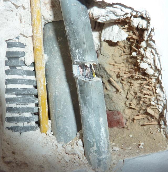 Simple étagère avec équerre en lamellé-collé cintrée - Page 2 0811