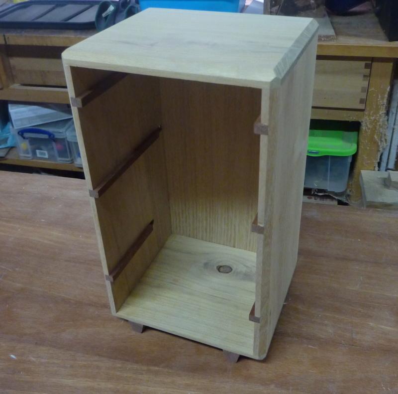 Une boîte à tiroirs en robinier et makoré 09bozy10
