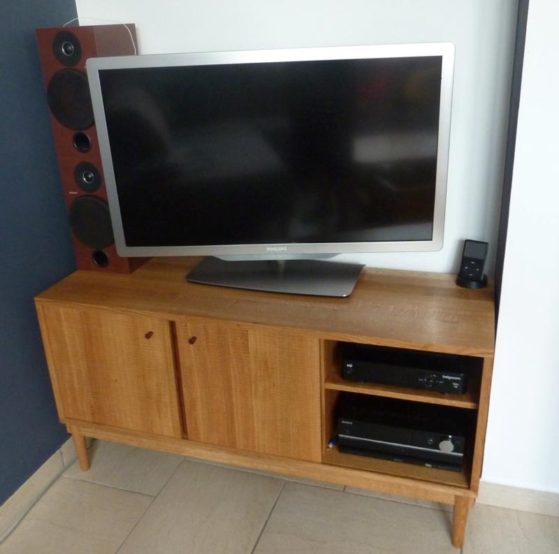 Meuble TV moderne en chêne - Page 4 119meu10