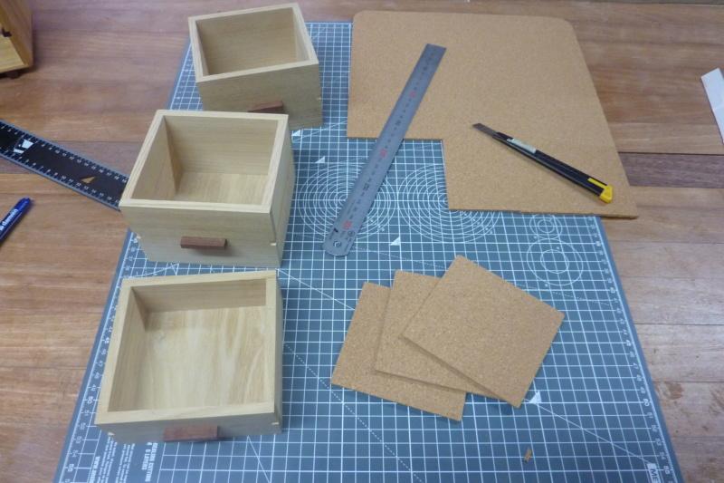Une boîte à tiroirs en robinier et makoré 16lizo10