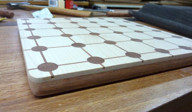 Et Tak! Un jeu en bois... 26plat10