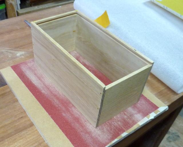 Boîtes en robinier 26ponz10