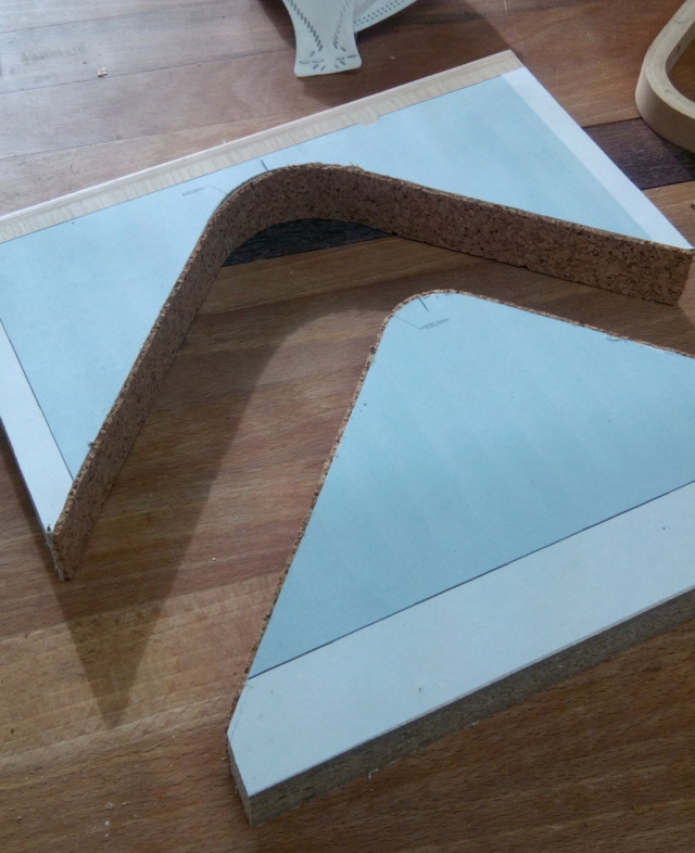 Simple étagère avec équerre en lamellé-collé cintrée Img_2010
