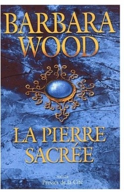 [Wood, Barbara] La pierre sacrée  La-pie10