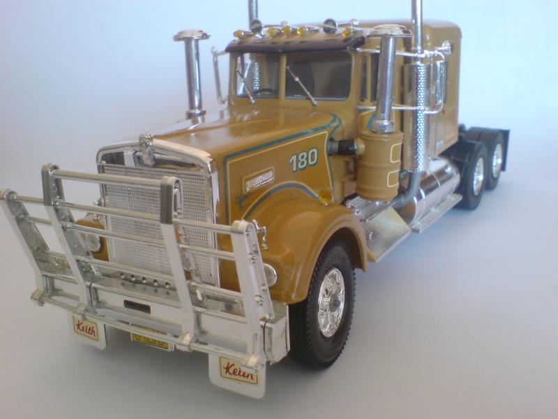 """Kenworth T 900 """"Australia"""" von Revell Dsc01811"""