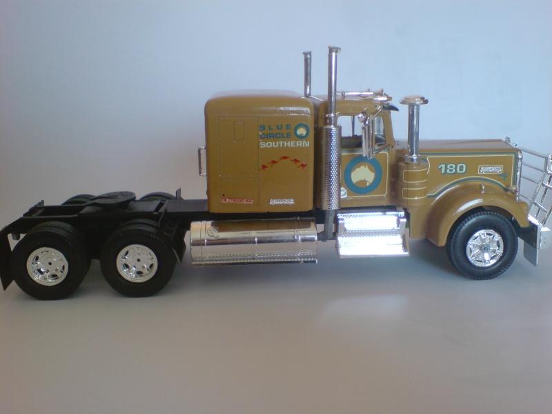 """Kenworth T 900 """"Australia"""" von Revell Dsc01812"""