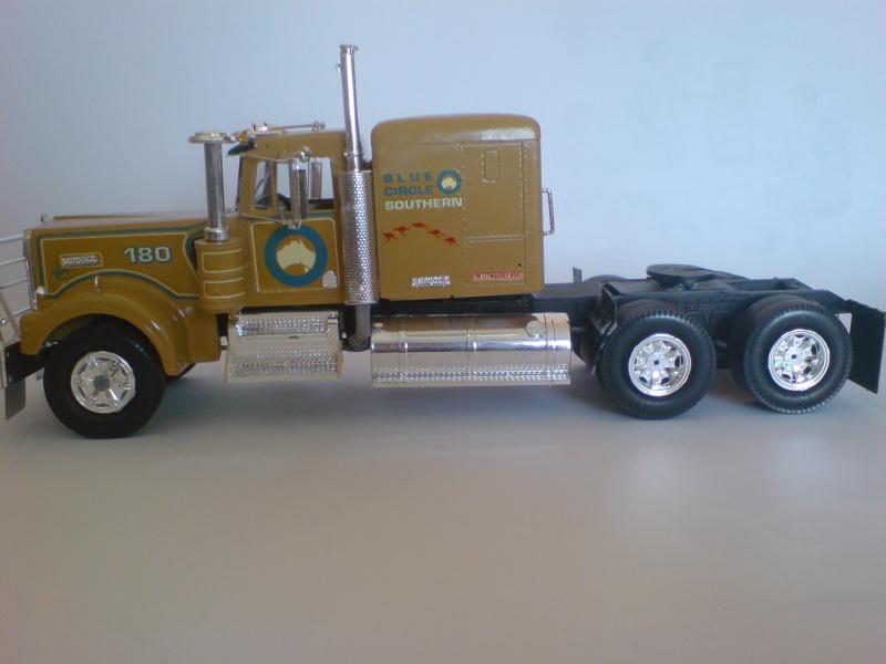 """Kenworth T 900 """"Australia"""" von Revell Dsc01814"""