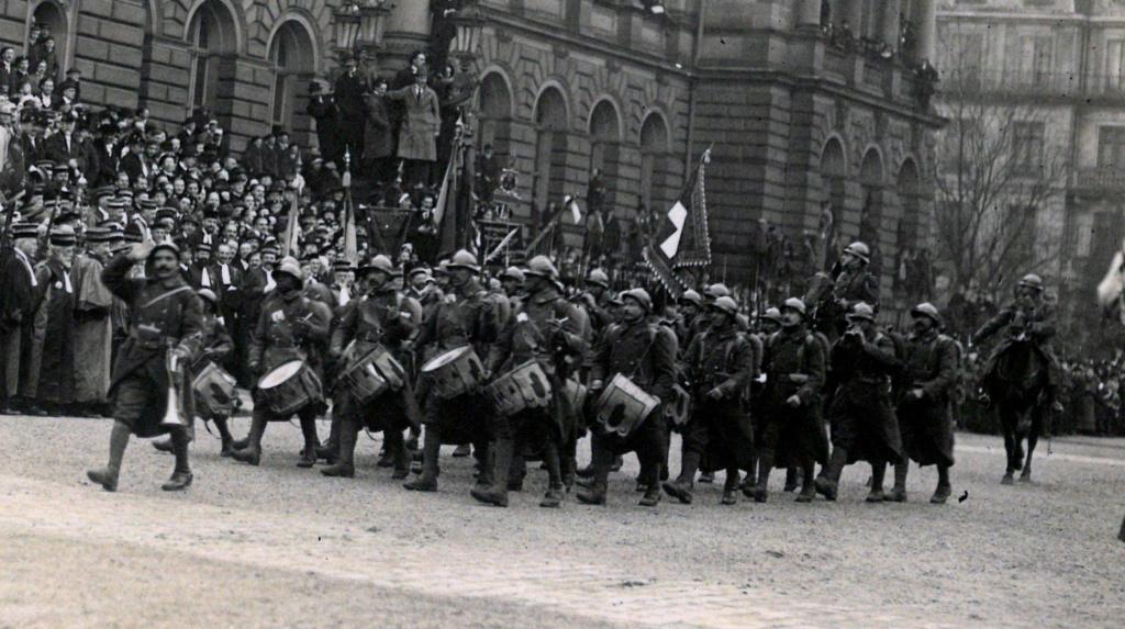 Défilé Militaire Strasbourg 1919 - Inauguration de l'Université Gp110