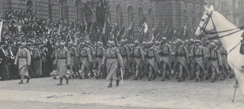 Défilé Militaire Strasbourg 1919 - Inauguration de l'Université Gp210