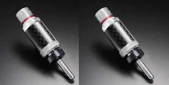 Furutech CF-202[R] Carbon Fibre Banana Plugs (New) Img_2014