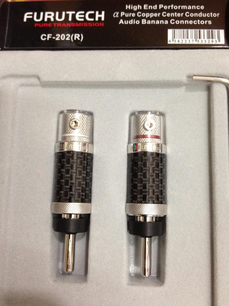 Furutech CF-202[R] Carbon Fibre Banana Plugs (New) Img_2210