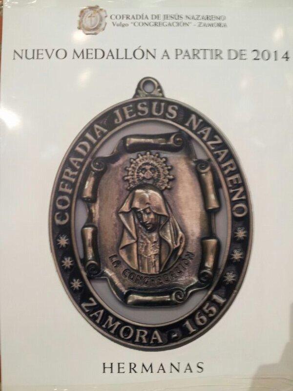 Nuevos Medallones en Jesús Nazareno.  Bdtnu910
