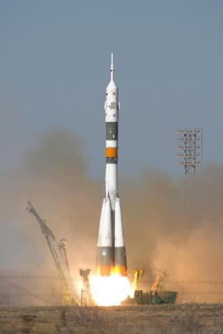 8 avril 2008 - Soyouz TMA-12 - Soyeon Yi devient la première coréenne dans l'espace Soyouz16