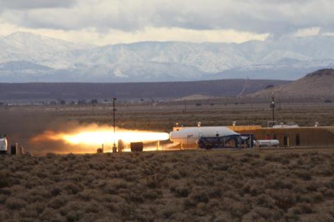 SpaceShipTwo - Essai moteur au sol 8 mars 2013 Ss2_df10