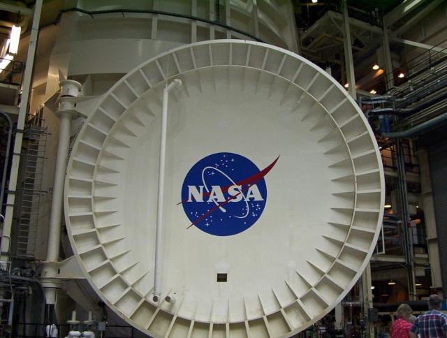 La Vacuum Chamber A du Johnson Space Center - 50ème anniversaire du début des travaux Vaccum10