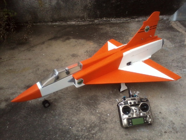 Jato Mirrage 2000 EDF 90mm 6S. (Construtor Elcio). 2210