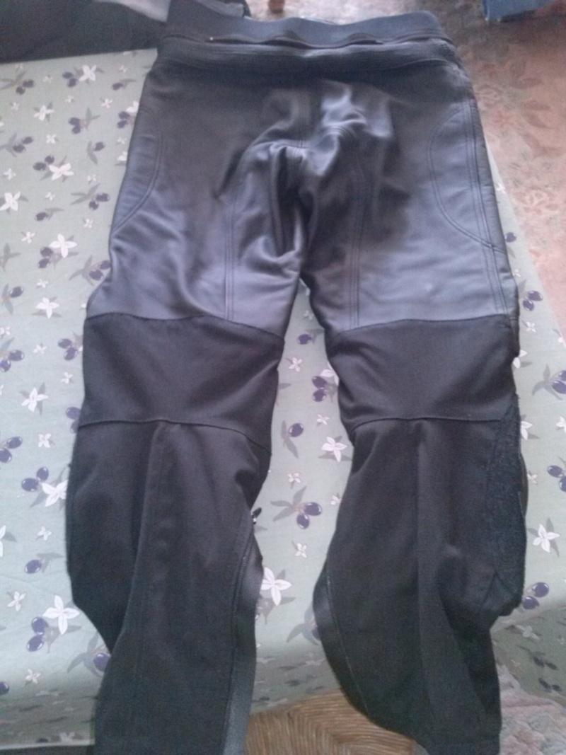 [VENDU]pantalon cuir furygan t.38 Cam00613