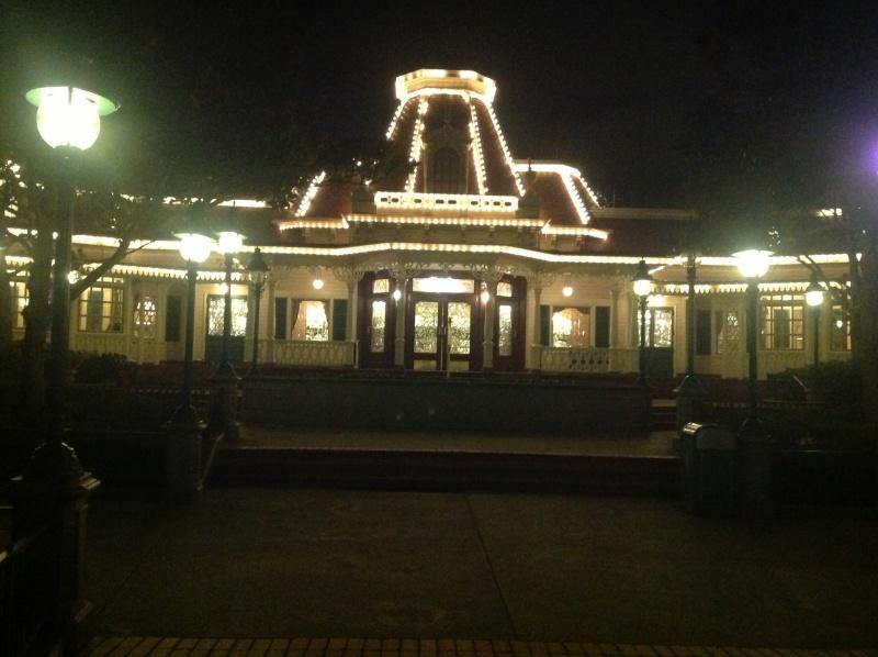 Vos photos nocturnes de Disneyland Paris Img_0111