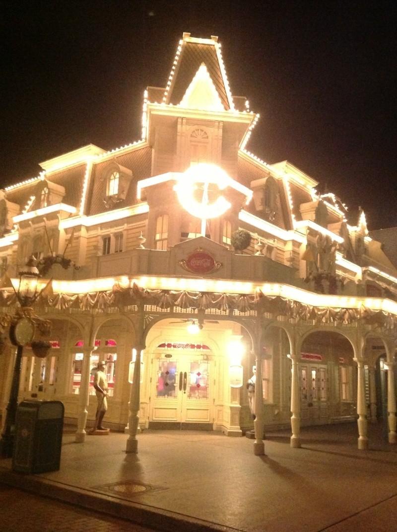 Vos photos nocturnes de Disneyland Paris Img_0116