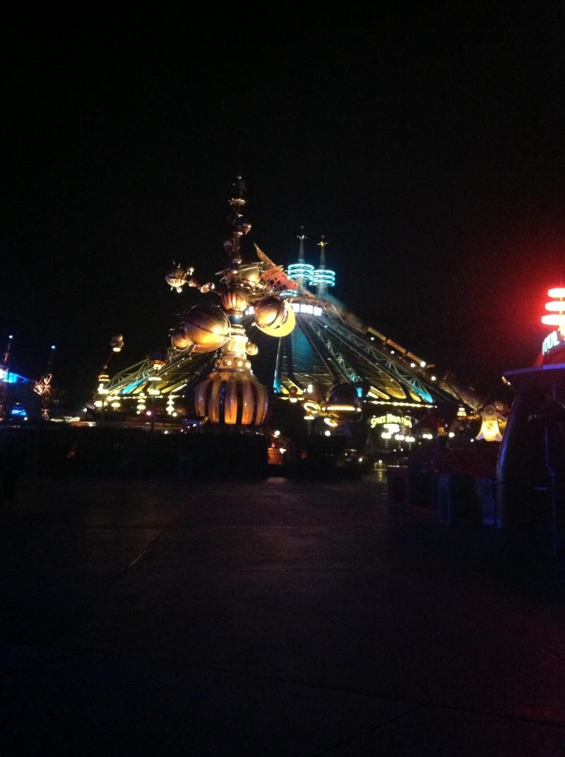 Vos photos nocturnes de Disneyland Paris Img_0117