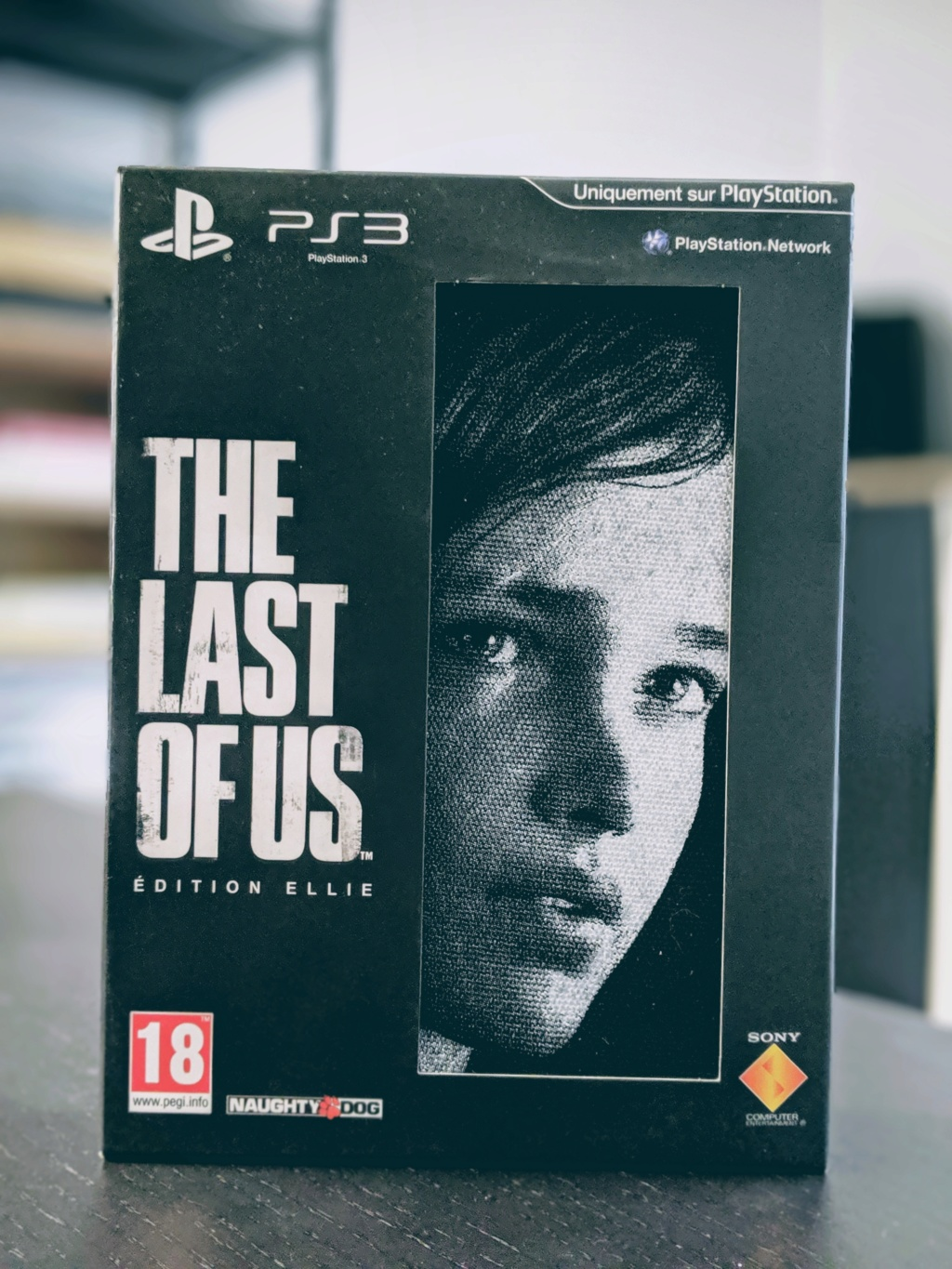 [ESTIM] THE LAST OF US COLLECTOR ELLIE PS3 NEUF 00100l13