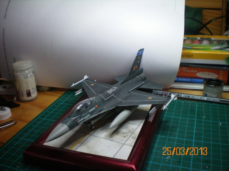 [ITALERI] F-16A  2ème escadrille 2ème wing FAé belge 100_0040