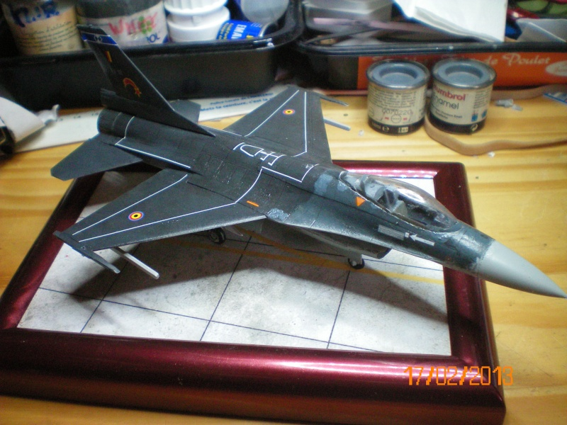 [ITALERI] F-16A  2ème escadrille 2ème wing FAé belge 100_0110