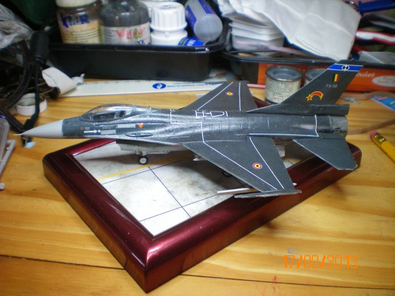 [ITALERI] F-16A  2ème escadrille 2ème wing FAé belge 100_0112