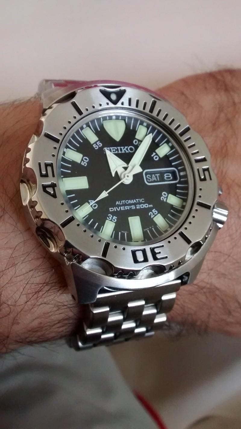 Votre montre du jour Img_2010