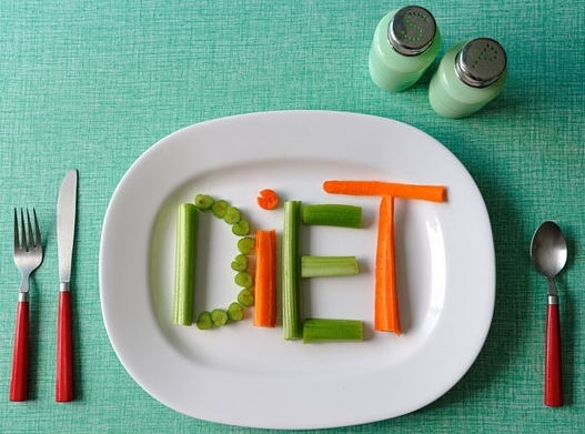 Peut-on adopter un mode de vie sain sans crever d'ennui ? Diet10