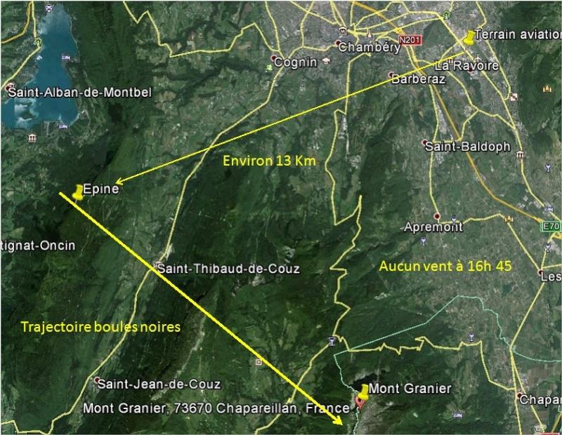 2014: le 31/10 à 16h45 - sphères noires,appendice pendant dessous -  Ovnis à Challes-Les-Eaux (Chambéry) - Savoie (dép.73) Challe11