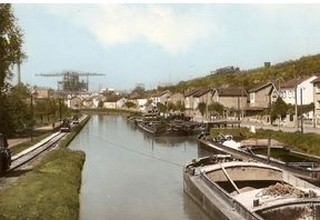 Le placide canal Imag-110