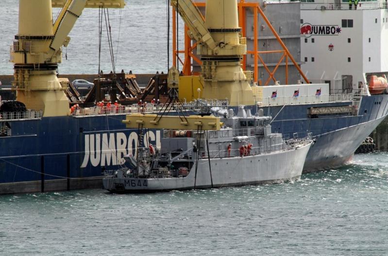 [Les ports militaires de métropole] Port de BREST - Page 2 Jumbo_10