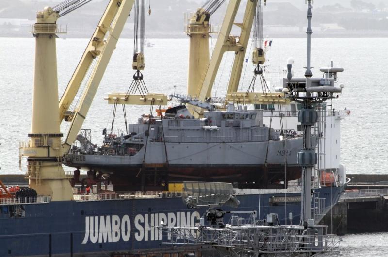 [Les ports militaires de métropole] Port de BREST - Page 2 Jumbo_11